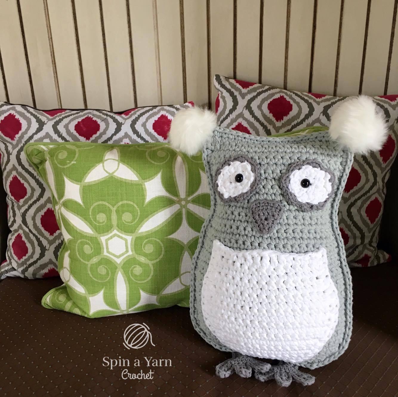 Owl Pillow | AllFreeCrochet.com | 1332x1334