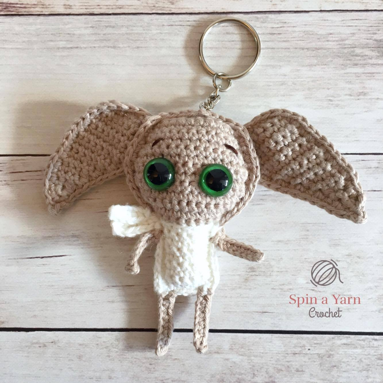Crochet tutorial - Shaping an amigurumi face - YouTube   1334x1333