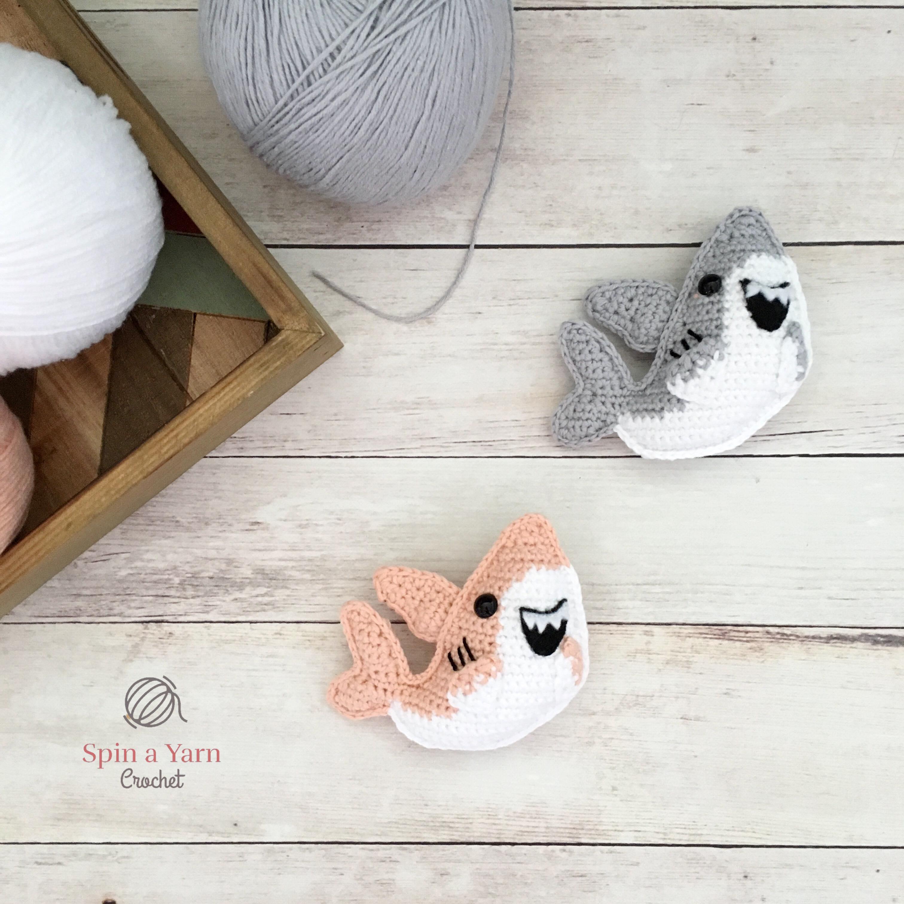 Crochet Baby Shark Family - Free Pattern | Como bordar | 3024x3024